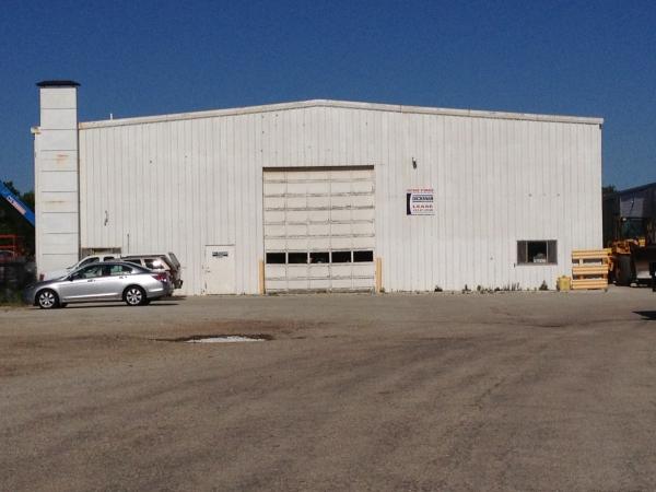 Industrial building leased in Brookfield